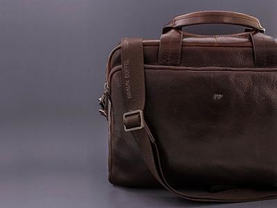 3681196c070ce Taschen · Businesstasche · Umhängetasche · Gürtel